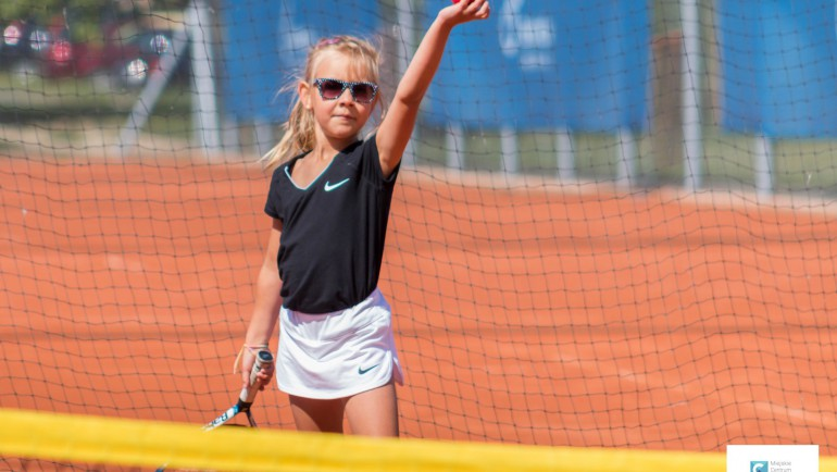 Turniej tenisa ziemnego z okazji dnia dziecka